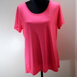 Women's Nike dry fit T-shirt size large.